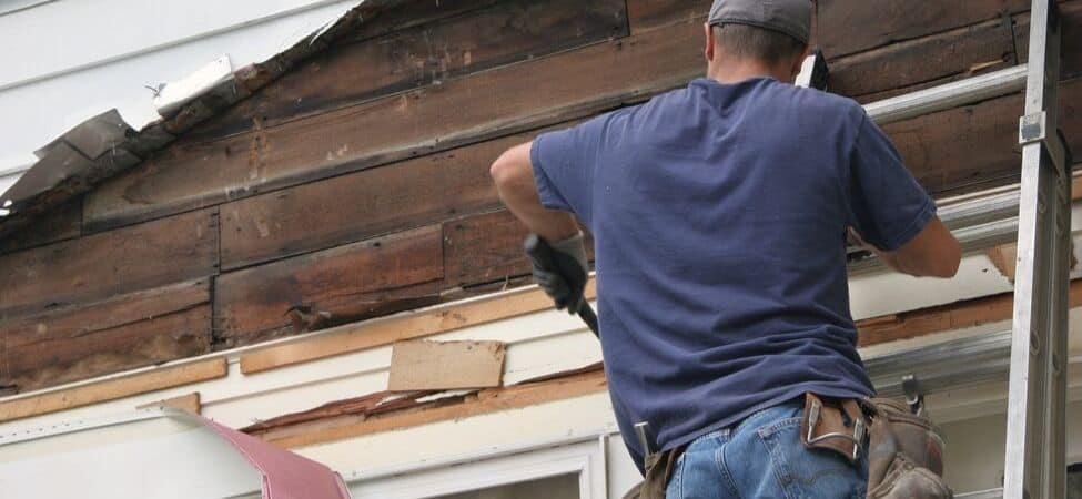 Armour Contracting installs and repairs siding for residential & commercial properties
